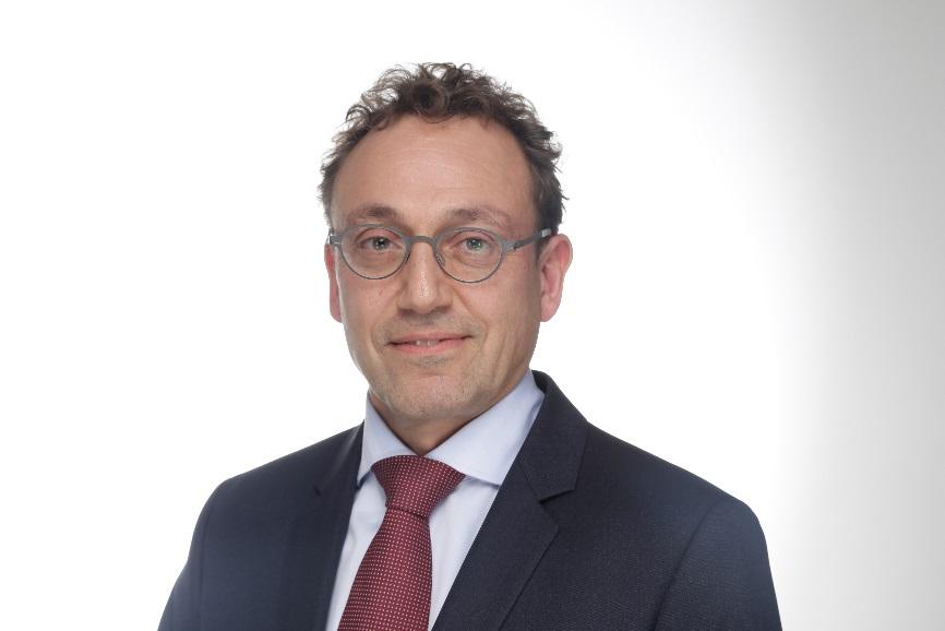Hellmut Damlachi, Diplom-Kaufmann, Rechtsanwalt